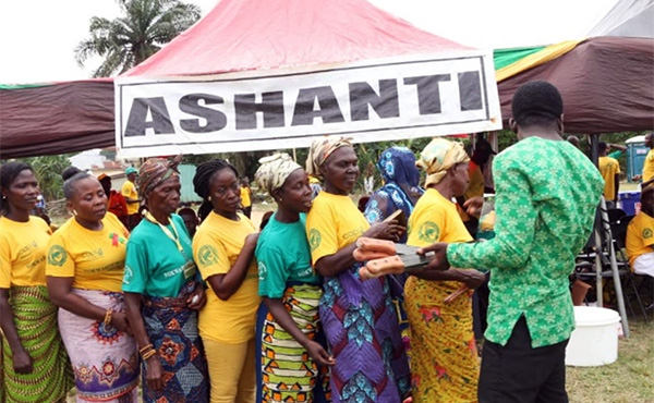 Ashanti Region Cocoa supporters